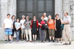 Gruppenfoto vor dem Dom